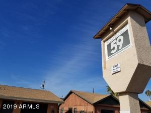 4526 N BLACK CANYON Highway