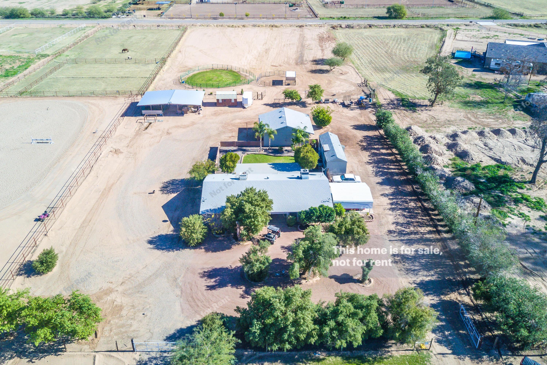 Photo of 42087 N Roadrunner Road, San Tan Valley, AZ 85140