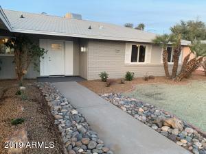 10706 W GARNETTE Drive, Sun City, AZ 85373