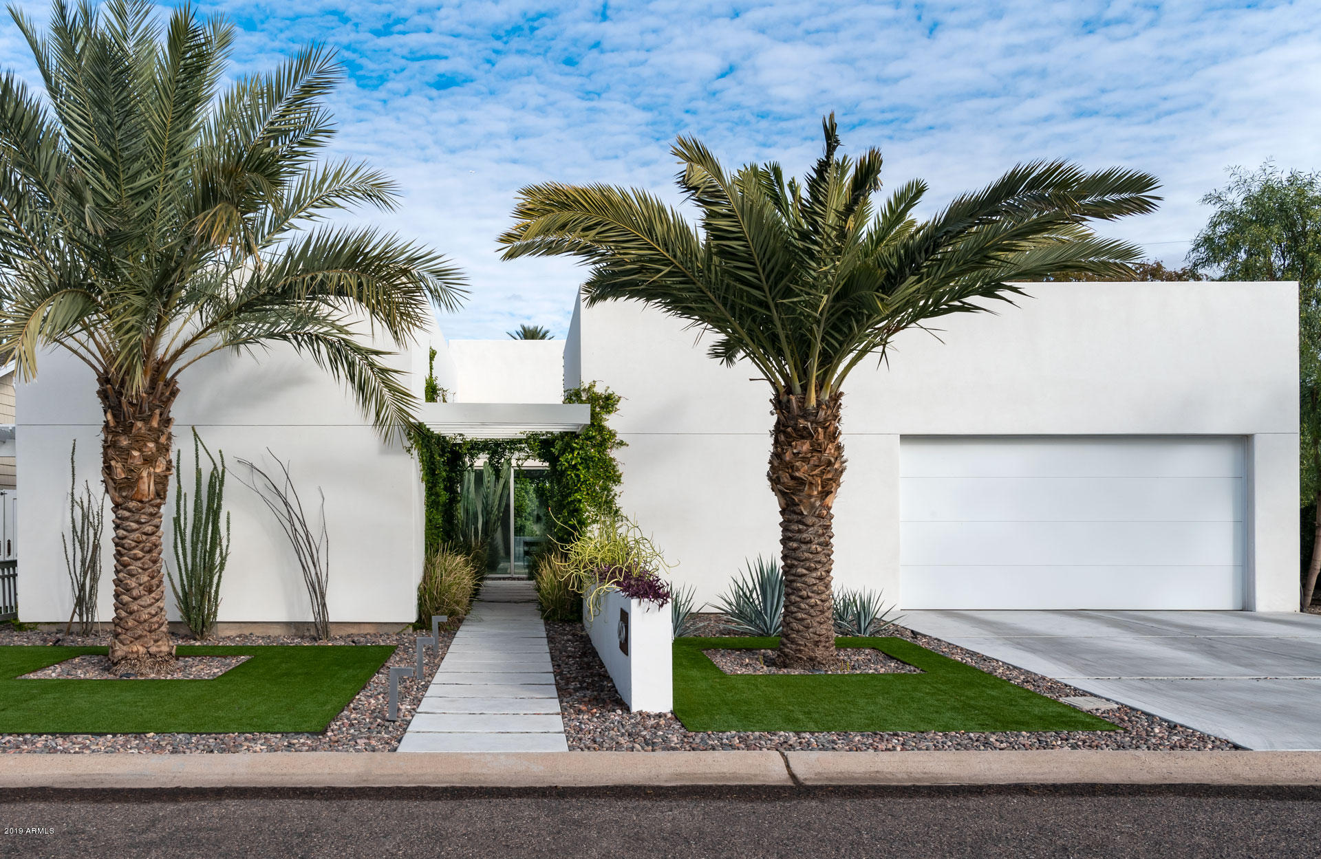 Photo of 4230 E SELLS Drive, Phoenix, AZ 85018