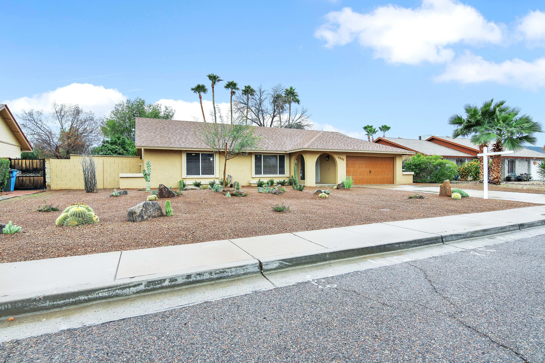 Photo of 4431 E GRANDVIEW Road, Phoenix, AZ 85032