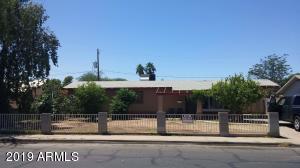 924 S hobson Street, Mesa, AZ 85204