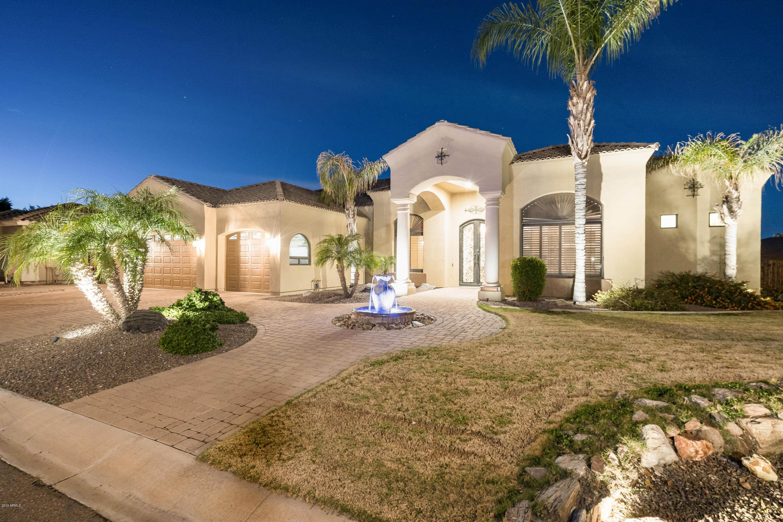 Photo of 2222 E TONTO Place, Chandler, AZ 85249