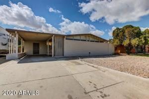 2923 W Country Gables Drive