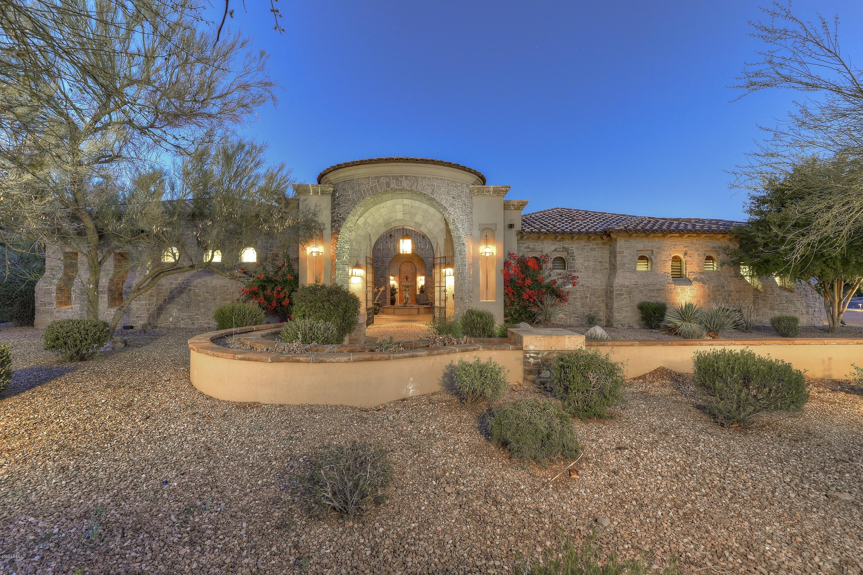 Photo of 6930 E FLAT IRON Court, Gold Canyon, AZ 85118