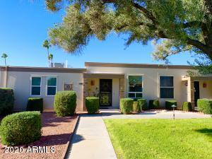 10048 W HAWTHORN Drive, Sun City, AZ 85351