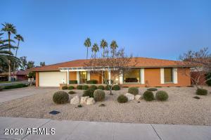 16033 N Moon Valley Drive, Phoenix, AZ 85022