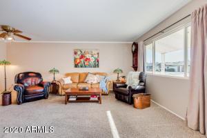 10932 W CANTERBURY Drive, Sun City, AZ 85351