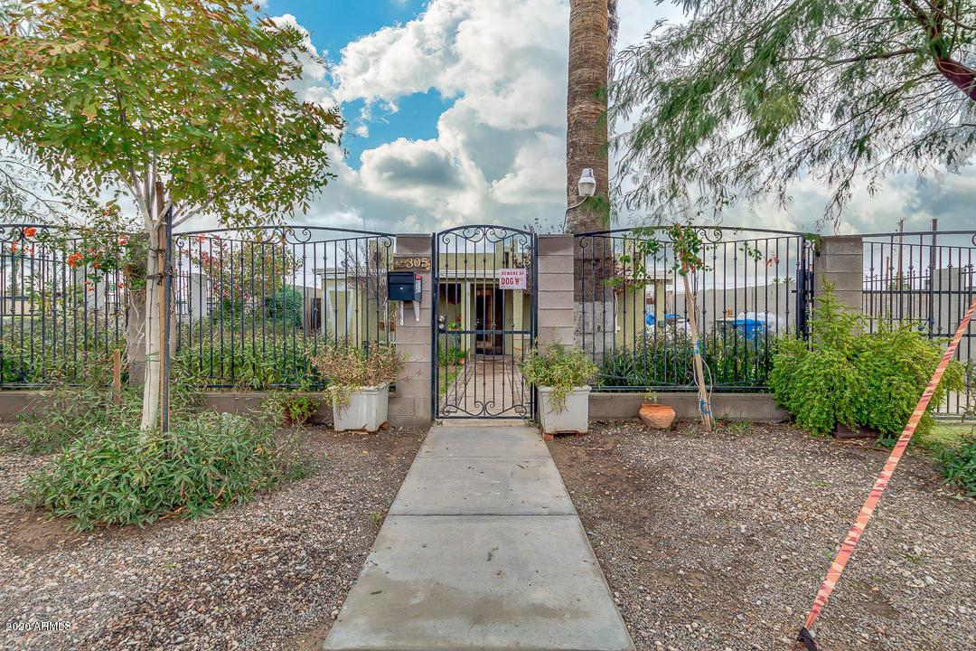 Photo of 2305 S 15TH Place, Phoenix, AZ 85034