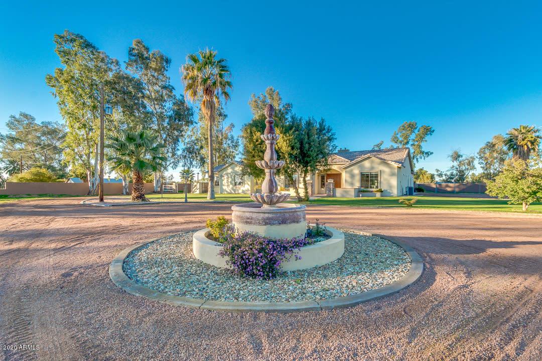 Photo of 1440 E WESTBROOKE Road, San Tan Valley, AZ 85140