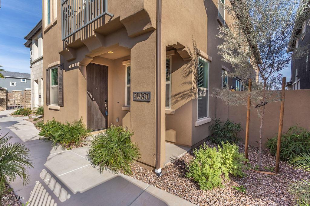 Photo of 4560 S FELIX Place, Chandler, AZ 85248