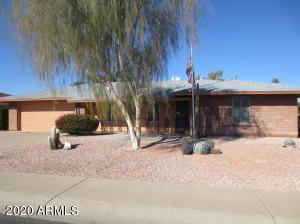 9810 W Pineaire Drive, Sun City, AZ 85351