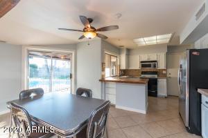 4613 W El Caminito Drive, Glendale, AZ 85302