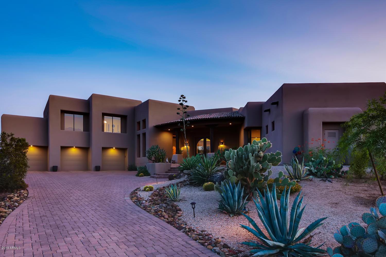 Photo of 10505 E CINDER CONE Trail, Scottsdale, AZ 85262