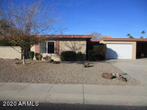 9814 W LANCASTER Drive, Sun City, AZ 85351