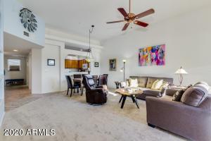 16308 E ARROW Drive, 213, Fountain Hills, AZ 85268