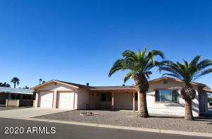 26414 S NAVAJO Place, Sun Lakes, AZ 85248