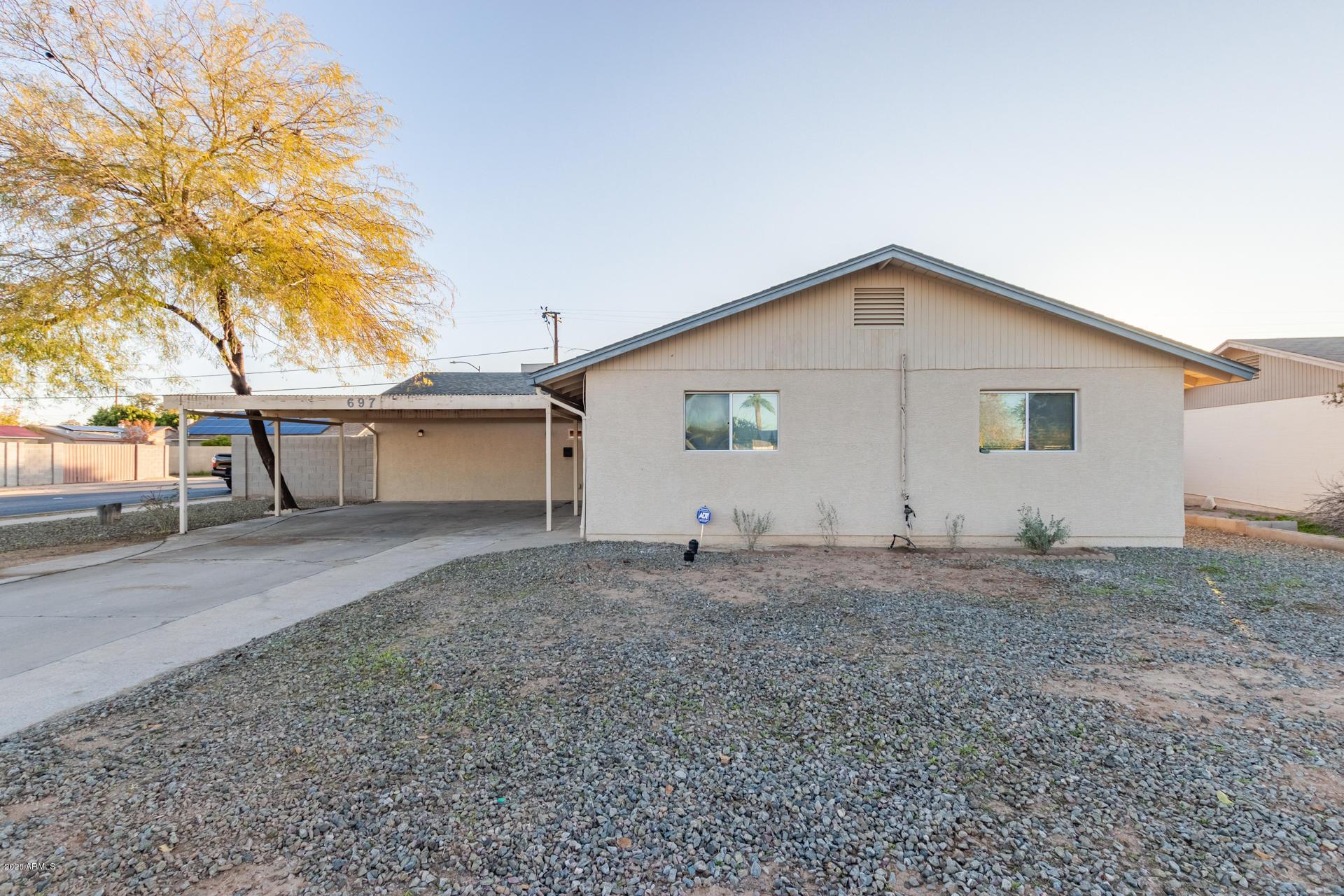 Photo of 697 N JAY Street, Chandler, AZ 85225