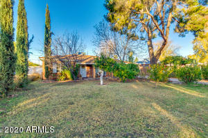 6738 N 11TH Place, Phoenix, AZ 85014