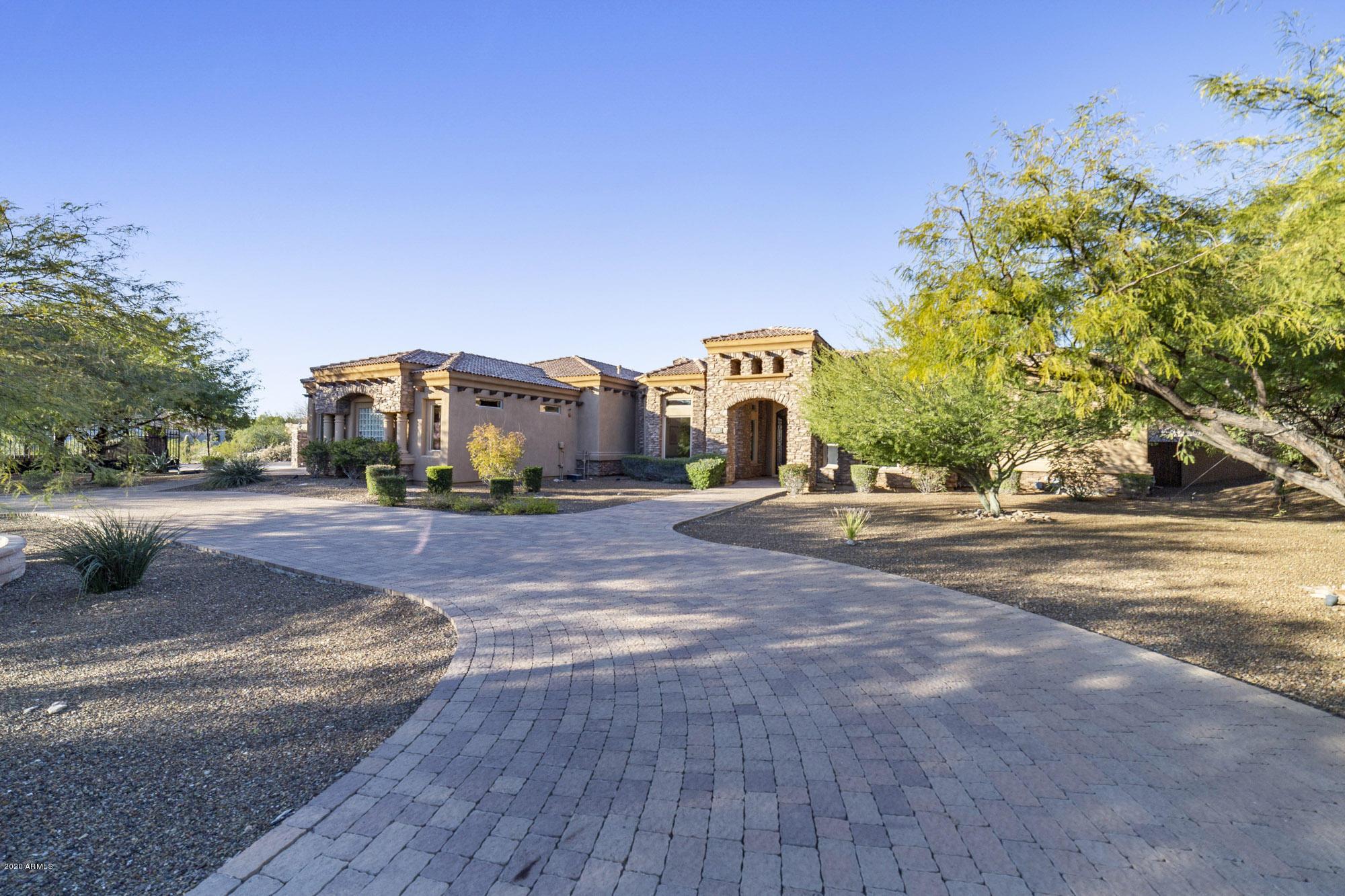 Photo of 12504 E GOLD DUST Avenue, Scottsdale, AZ 85259