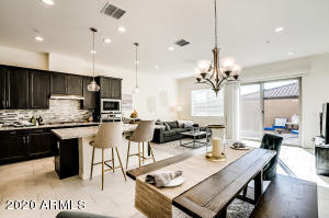 Bright & open-floor plan- 10' ceilings throughout
