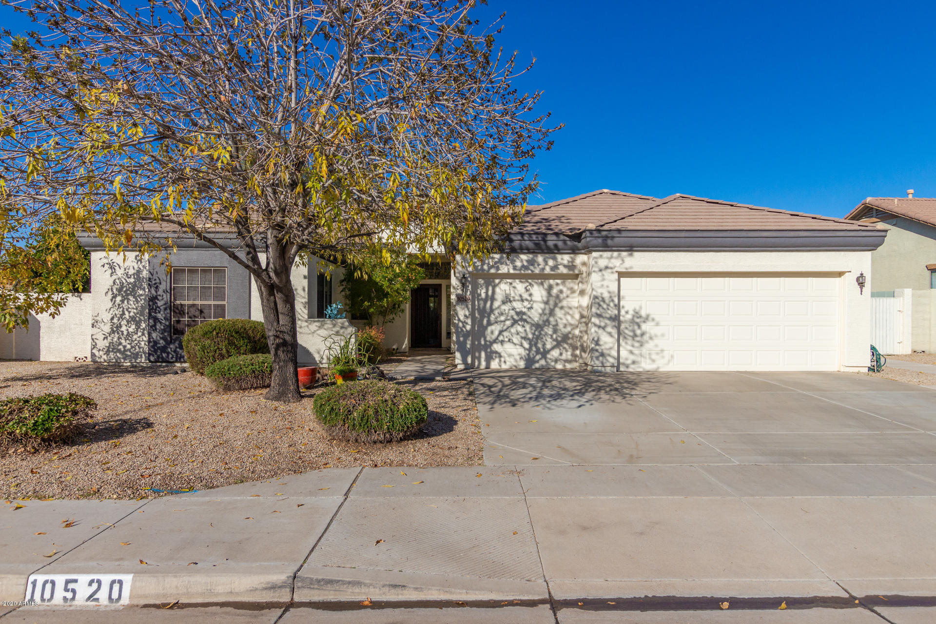 Photo of 10520 E MEDINA Avenue, Mesa, AZ 85209