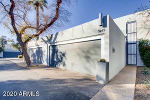 3245 E CAMELBACK Road, Phoenix, AZ 85018