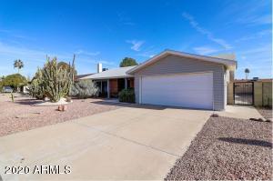 12041 S TOMI Drive, Phoenix, AZ 85044
