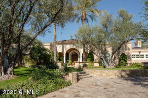 8512 N GOLF Drive, Paradise Valley, AZ 85253