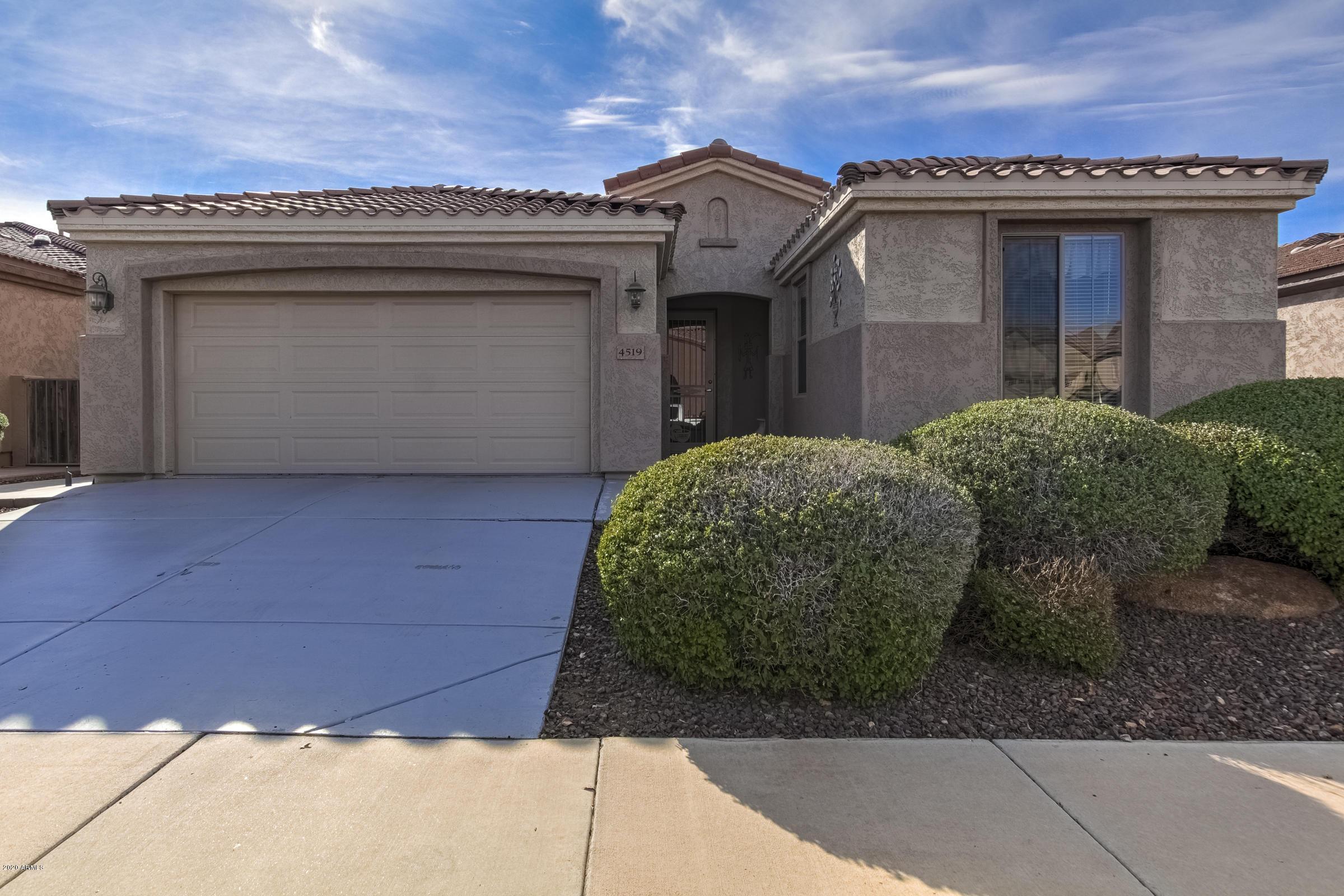 Photo of 4519 E DONATO Drive, Gilbert, AZ 85298