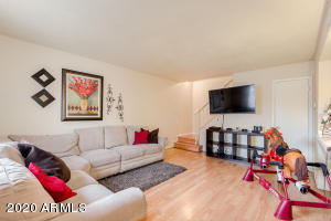 4030 W READE Avenue, Phoenix, AZ 85019