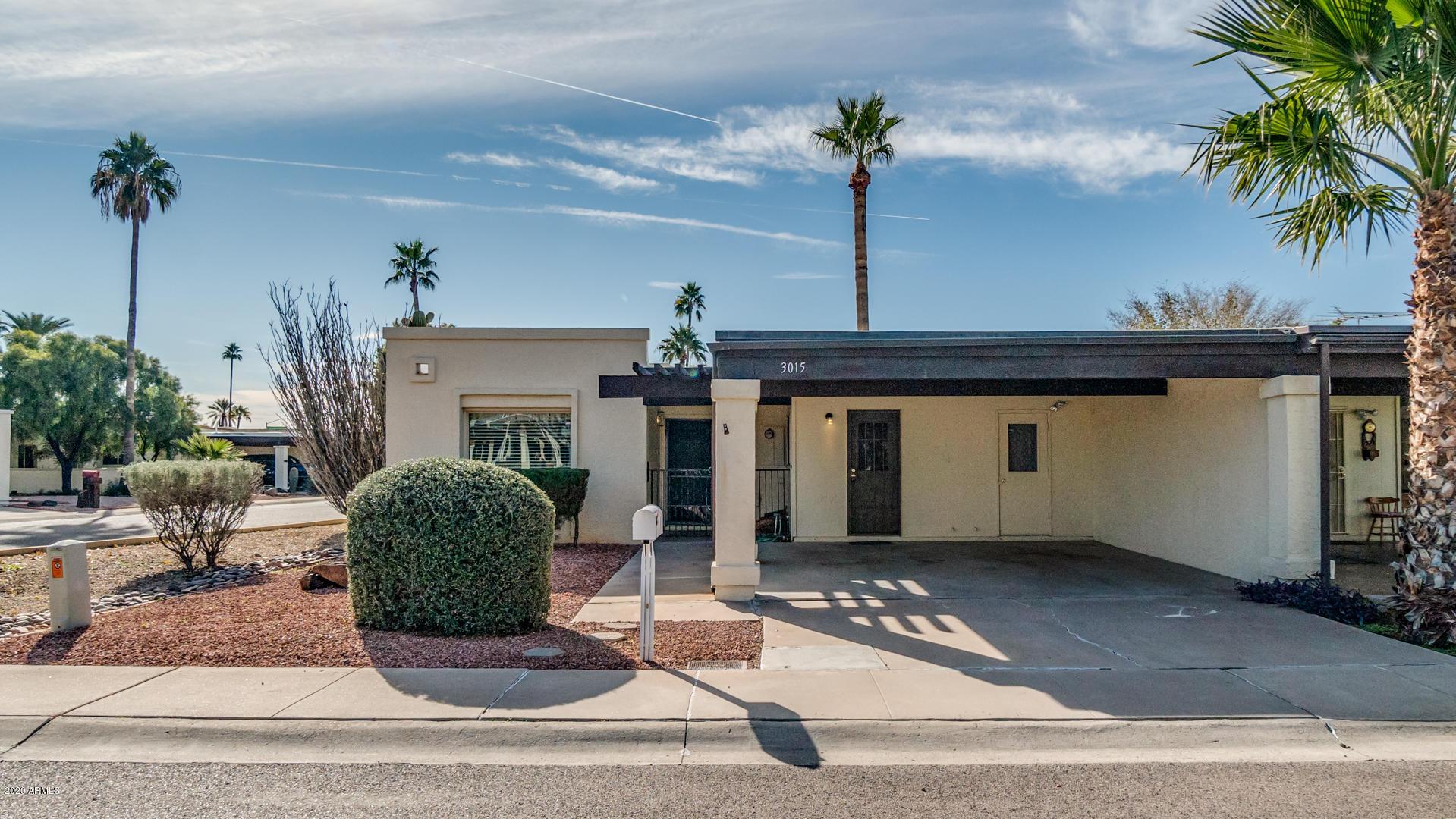 Photo of 3015 W CALAVAR Road, Phoenix, AZ 85053