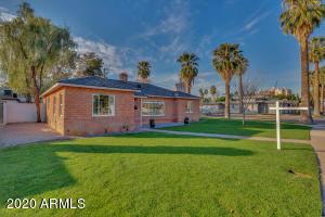 Welcome to 301 in mid-town Phoenix's East Alvarado Historic Neighborhood