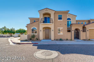 1367 S COUNTRY CLUB Drive, 1009, Mesa, AZ 85210