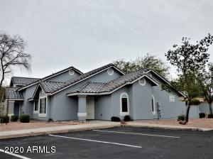 860 N MCQUEEN Road, Chandler, AZ 85225