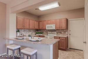 2831 E SOUTHERN Avenue, 127, Mesa, AZ 85204
