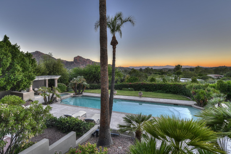 Photo of 5221 E ARROYO Road, Paradise Valley, AZ 85253
