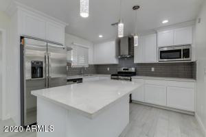 7846 W OREGON Avenue, Glendale, AZ 85303