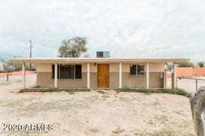 1705 S CEDAR Drive, Apache Junction, AZ 85120