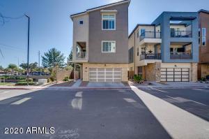 7045 W CARTER Drive, Chandler, AZ 85226
