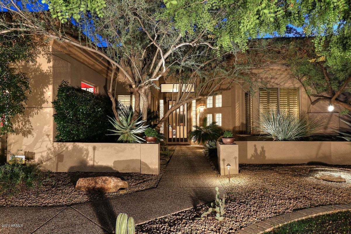Photo of 6449 E CRESTED SAGUARO Lane, Scottsdale, AZ 85266