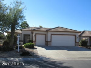 Saguaro plan with 1895 sq ft. 2 bed, 2 ba. den/office, formal dining room and eat-in kitchen