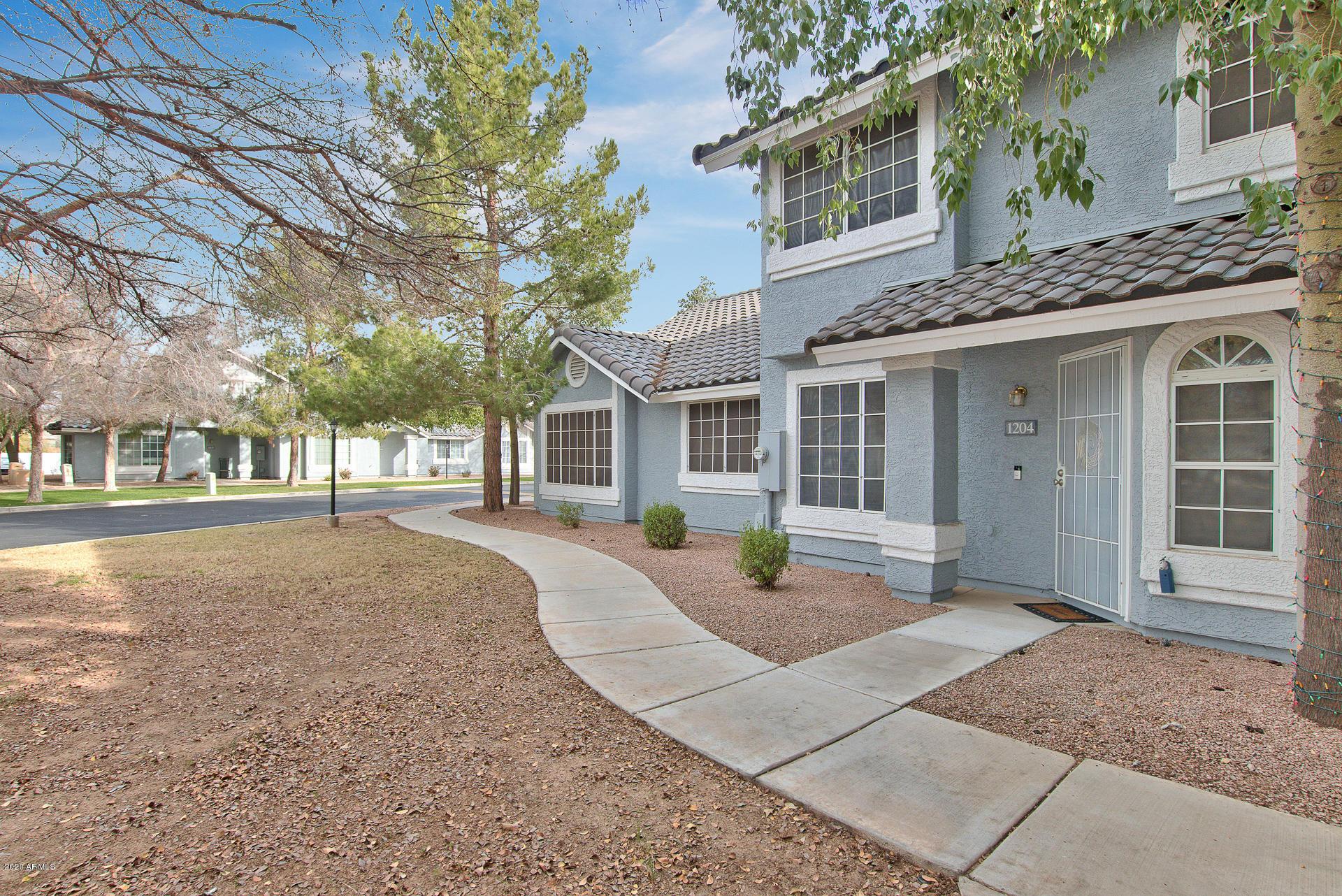 Photo of 860 N MCQUEEN Road #1204, Chandler, AZ 85225