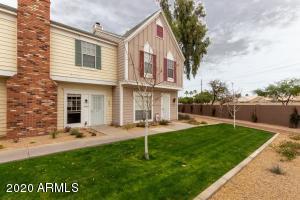 1601 N SABA Street, Chandler, AZ 85225