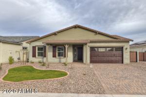 9402 W DALEY Lane, Peoria, AZ 85383