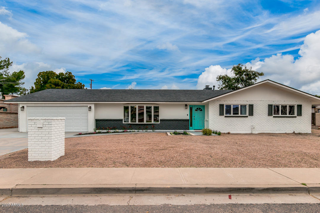 Photo of 13617 N Canterbury Drive, Phoenix, AZ 85023