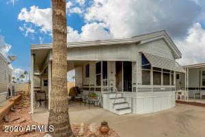280 W KIOWA Circle, Apache Junction, AZ 85119