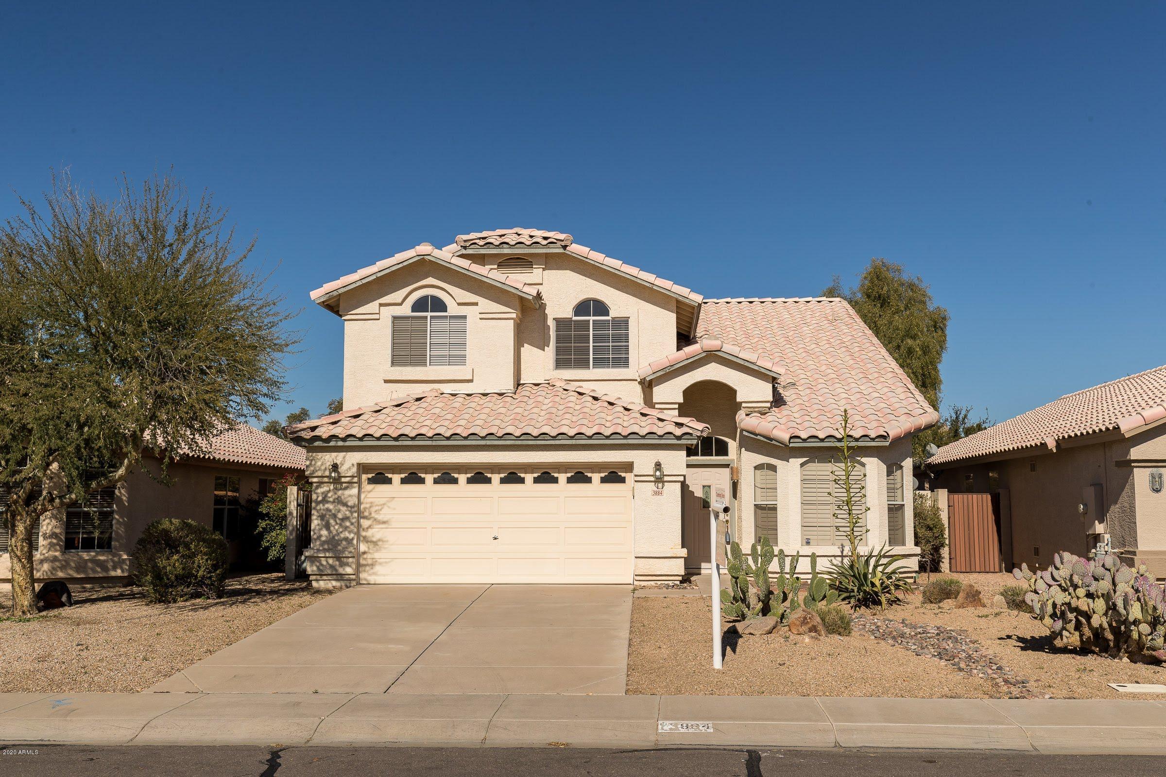 Photo of 3884 E ENCINAS Avenue, Gilbert, AZ 85234
