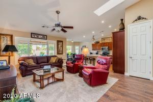 1284 W SAN CARLOS Place, Chandler, AZ 85248