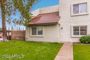 222 W BROWN Road, Mesa, AZ 85201